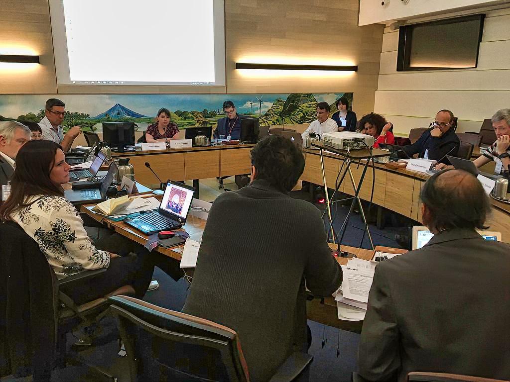 RSI's Emma Hartnett chairing an FAO meeting